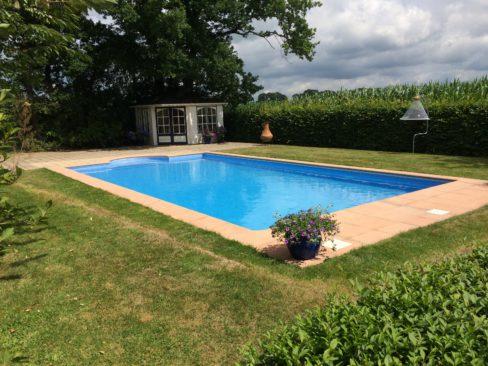 Renovatie bouwkundig zwembad in achterveld waterwel for Renovatie zwembad
