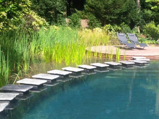 Zwemvijvers natuurlijker kan niet waterwel for Betonnen vijver aanleggen