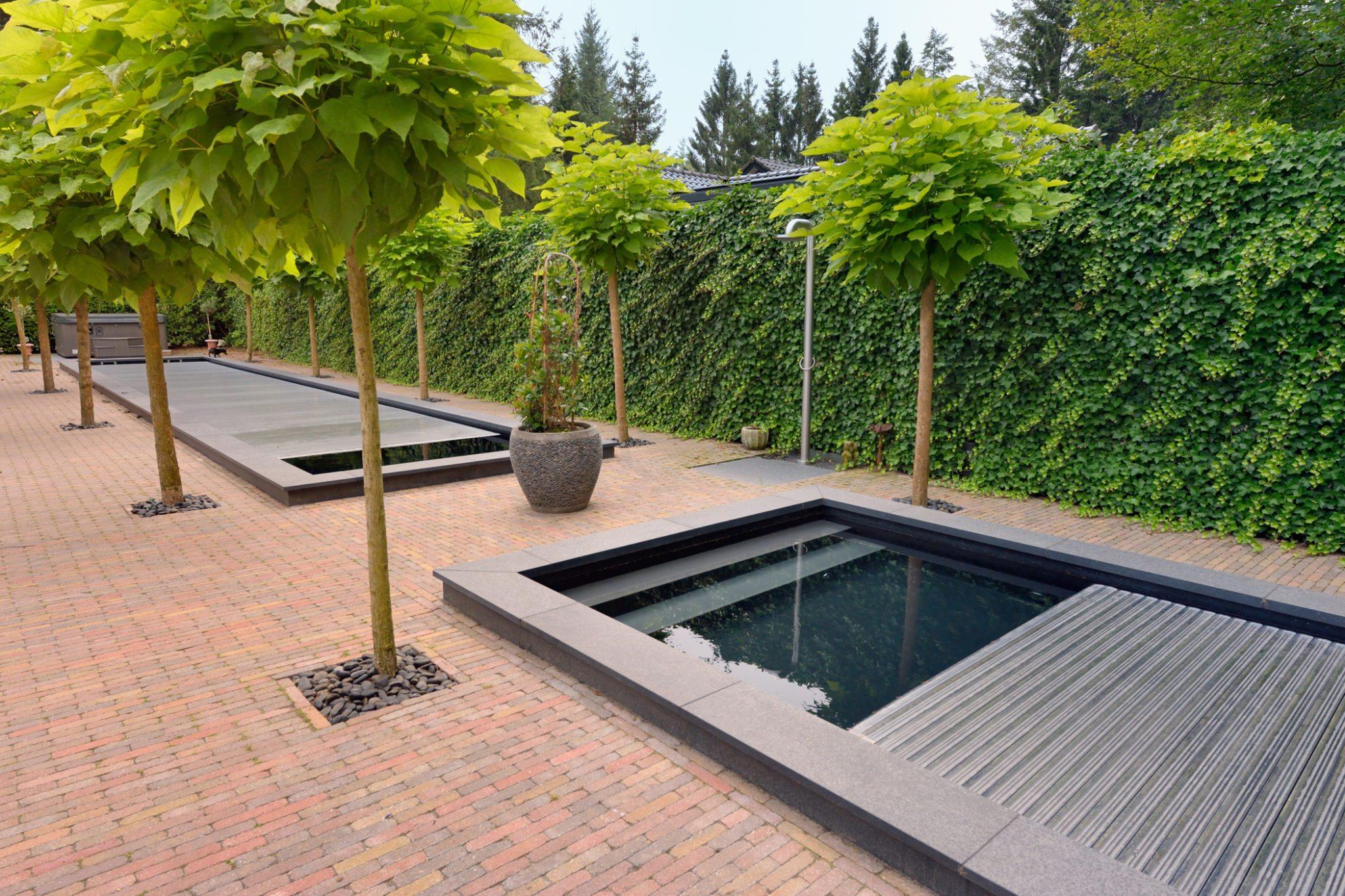 Renovatie bouwkundig zwembad in epe waterwel zwembadbouwer - Zwarte voering voor zwembad ...